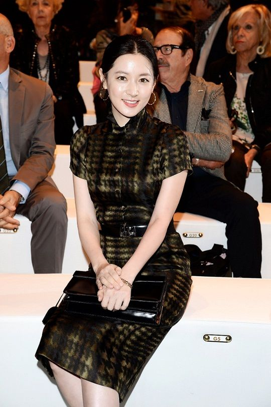 Lee Young Ae (이영애) at Gucci collection show in Milano
