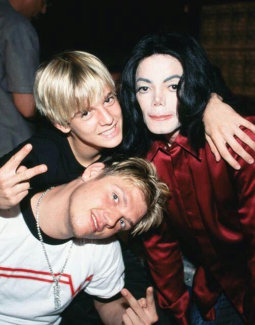 Michael Jackson, Nick Carter and Aaron Carter TRAICIONADO POR SE UNA PERSONA BUENA Y GENEROSA DEL ALMA Y PENSAMIENTO