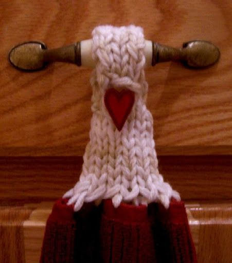 Knitting Pattern Turn : Loom Lore: Towel toppers and the ?u-turn? flat stitch Free Loom Knit Patter...