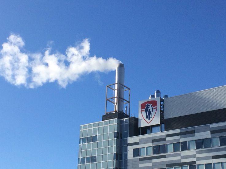 MUHC -  McGill University Health Centre.