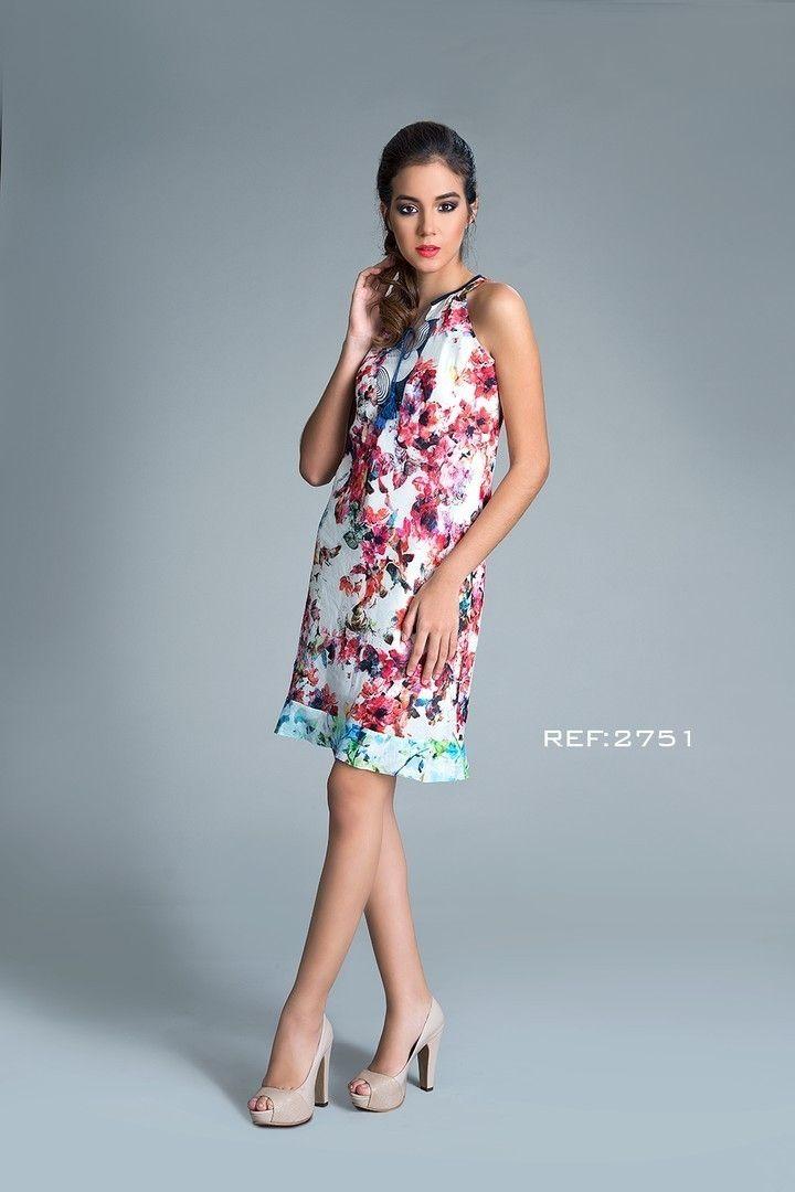 Luce tu belleza, llénala de flores. Vestido con arandelas y borlas en contraste. Ref: 2751 #mpm #patchwork #details #mpmdaily #woman #romantic #flowers