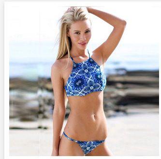 2015 praia motim Sexy azul Tie Dye biquíni impressão mulheres High Neck Halter Top curto brasileiro Swimwear Retro Racerback Caged maiô em Biquinis ajustados de Roupas e Acessórios no AliExpress.com | Alibaba Group