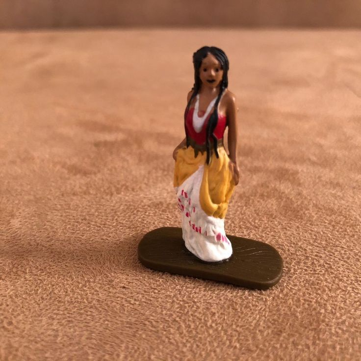 Pocahontas Disney Collector Pack Disneykin World Park character figure action