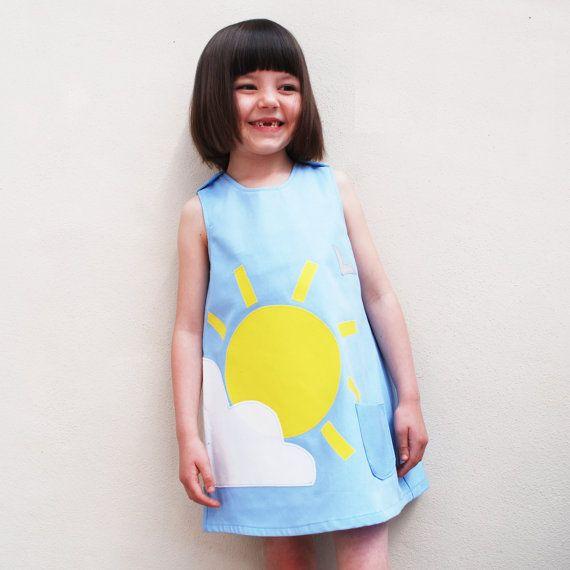 Mädchen Kleid handgefertigt mit Sommer Sonnenschein und Wolke