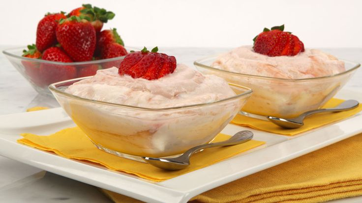 Rhubarb Fool - Recipes - Best Recipes Ever - This easy dessert is ideal for entertaining when served in pretty goblets.