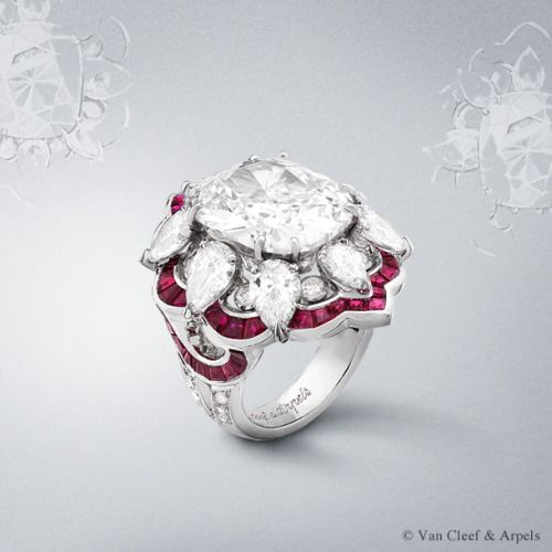 Ancolie Précieuse ring, Pierres de Caractère Variations collection White gold, round and pear-shaped diamonds, calibrated rubies and one cushion-cut D IF type 2A diamond of 9.03 carats. The Ancolie Précieuse ring from the new High Jewelry collection Pierres de Caractère Variations showcases a D IF type 2A diamond of 9.03 carats, that is remarkable for its old cut but also for its extraordinary vivacity and brilliance. In a setting of rare refinement, it seems to rest delicately on petals of…