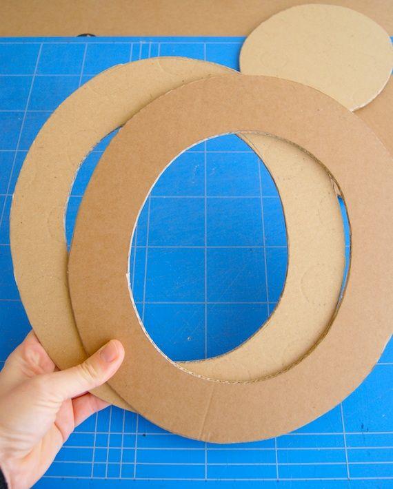 Sombreros de cartón / Cardboard hats « La Factoría Plástica