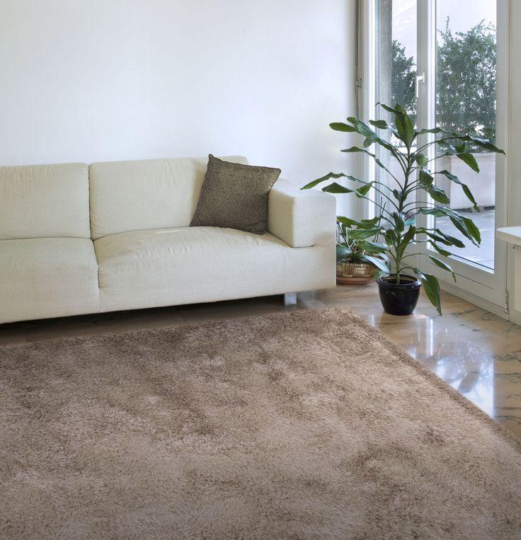Decora tus espacios con esta alfombra Shaggy ¨Alfombra de pelo¨. Encuéntrala en : www.alfombrashamid.es