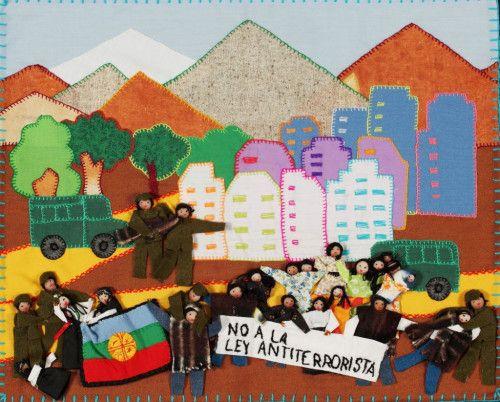 NO a la ley antirrerorista/NO to the antiterrorist law Chilean arpillera, Aurora Ortiz, 2011. Photo Martin Melaugh [Image c/o Te Papa Museum Wellington]