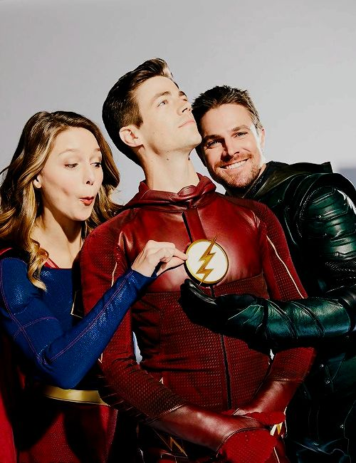Grant Gustin, Melissa Benoist and Stephen Amell for EW. x