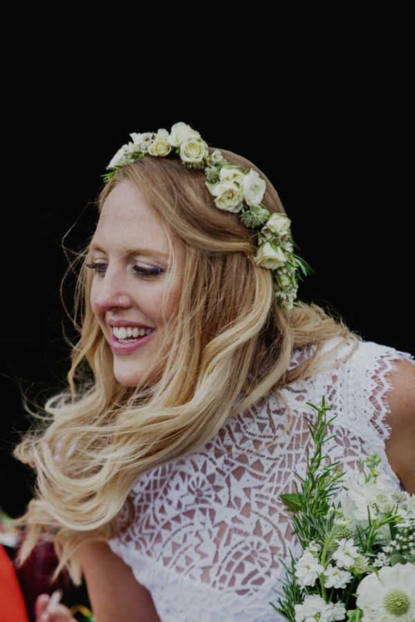 Natural white flower crown for Zoe and Alex's rustic hippy outdoor wedding with a barefoot bride in a boho wedding dress // Photography: Mariell Amelie // The Natural Wedding Company
