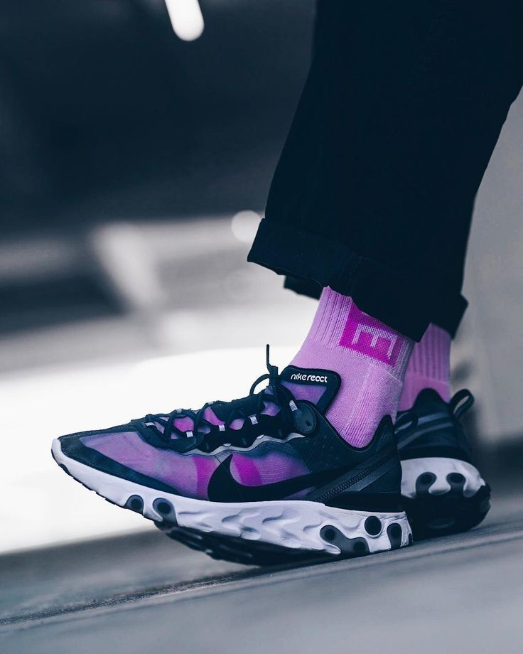 new concept 2b876 0c82a Nike React Element 87 with purple socks