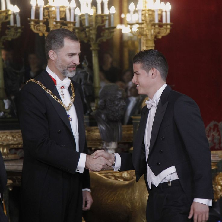 King Felipe VI of Spain (L) and James Rodriguez (R) attend a Gala dinner at the Royal Palace on March 2, 2015 in Madrid, Spain.