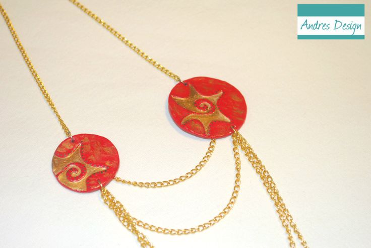 Painted ceramics necklace in red and gold, with gold metallic accessories