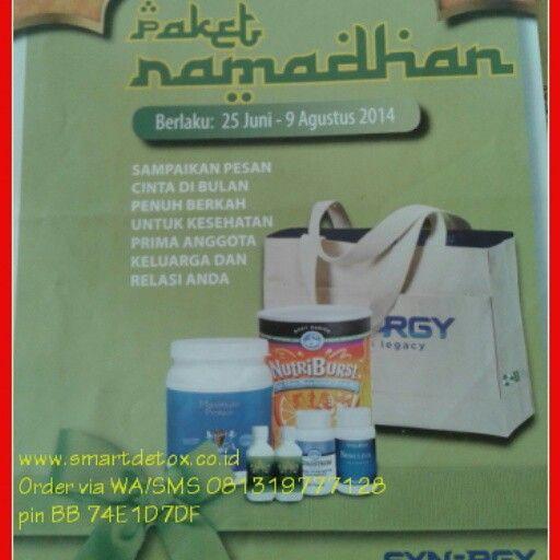 """Salam Sehat Ramadhan  Sampaikan pesan cinta di bulan penuh berkah untuk kesehatan prima anggota keluarga dan relasi Anda.  Persembahan dari SynergyWorldwide untuk Anda dan keluarga, """"Paket Ramadhan"""", sebuah paket sehat optimal melalui produk Suplemen Terbaik di bulan Ramadhan.  1) Paket Ramadhan PLATINUM (35CV) isi: 1 Nutriburst, 1 Maximum Protein, 2 Liquid Chlorophyll 2oz, 1 Colostrum, 1 Spirulina Hadiah: Tas Go Green Synergy  Harga Retail Jabodetabek: Rp 1.469.000 Jawa-Bali: Rp 1.482.000…"""
