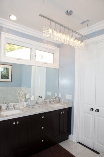 Love the blue walls. Valspar's Skylight Blue. And I think Andrew would actually like it too!