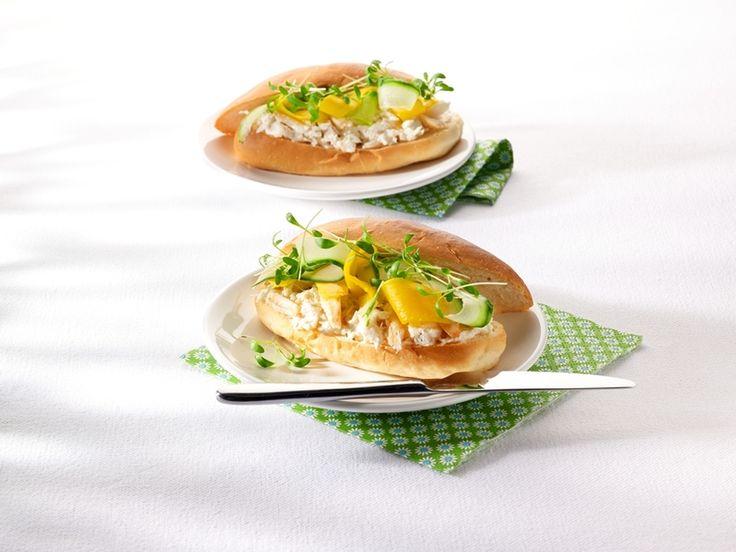 Recept sandwich met krabsla, komkommer en mango