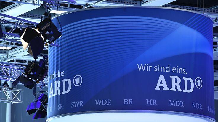 Aus neun mach vier: Bericht: ARD legt Sender zusammen