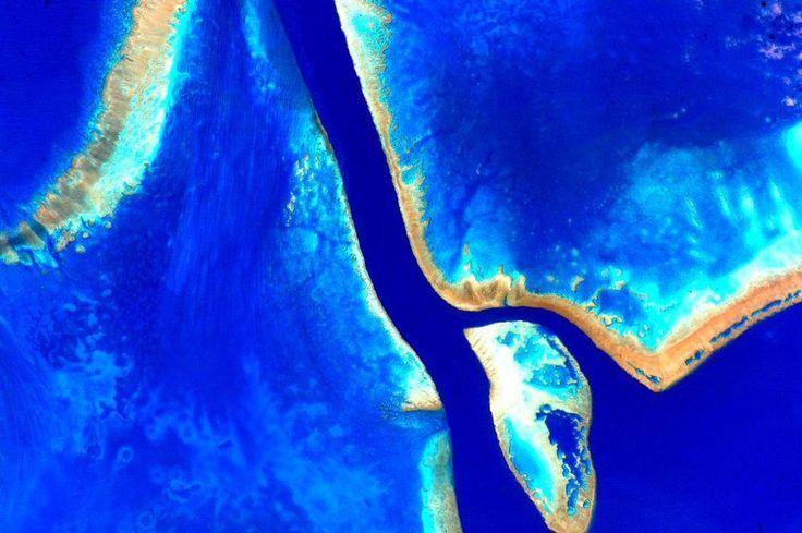 NASA astronaut Scott Kelly took spectacular photos of Australia that are literally out of this world