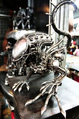 steampunk Alien?