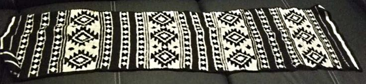 Aztec scarf - crochet