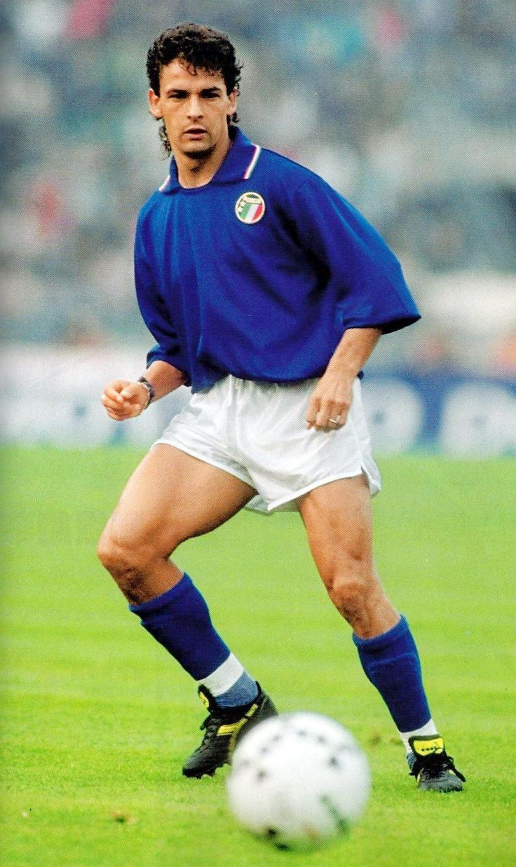 a biography of roberto baggio the soccer player He tried his luck with barcelona's biggest rival better known a biography of roberto baggio the soccer player as zico (.
