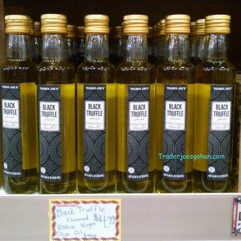 Trader Joe's Black Truffle Flavored Extra Virgin Olive Oil 8.45oz/250ml $4.99 トレーダージョーズ ブラックトリュフ エクストラバージンオイル #traderjoes #truffle #oil #トレーダージョーズ #トリュフオイル #トリュフ