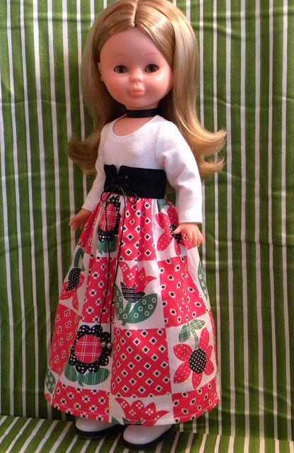 Nancy in a long skirt   Flickr: Intercambio de fotos