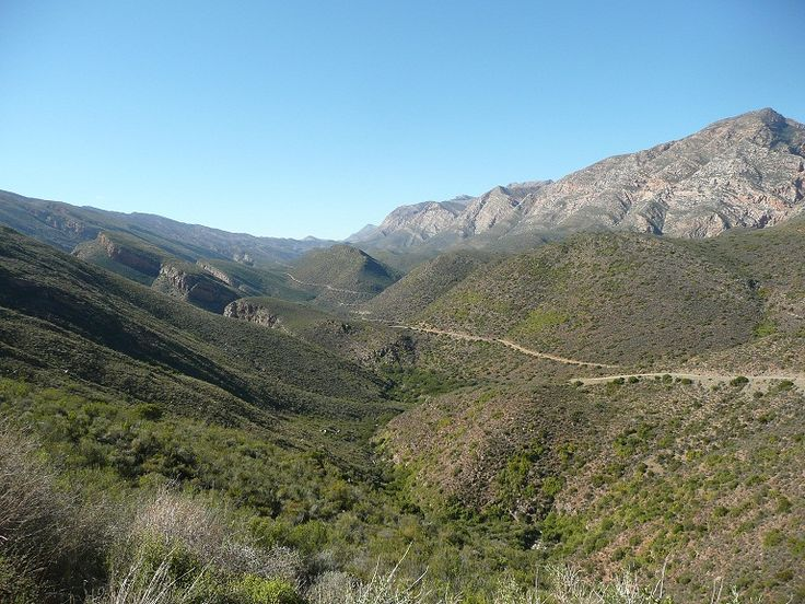 """Road to """"Die Hel"""" a lovely day's outing from Karoo View Cottages in Prince Albert"""