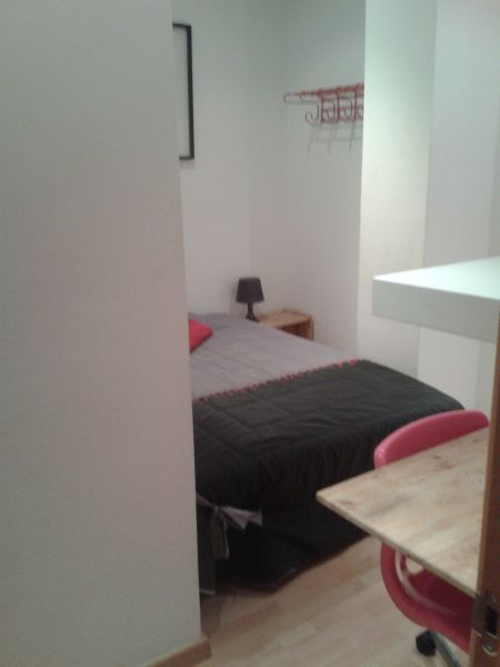 Piso compartido en L'Hospitalet de Llobregat, alquiler de habitaciones