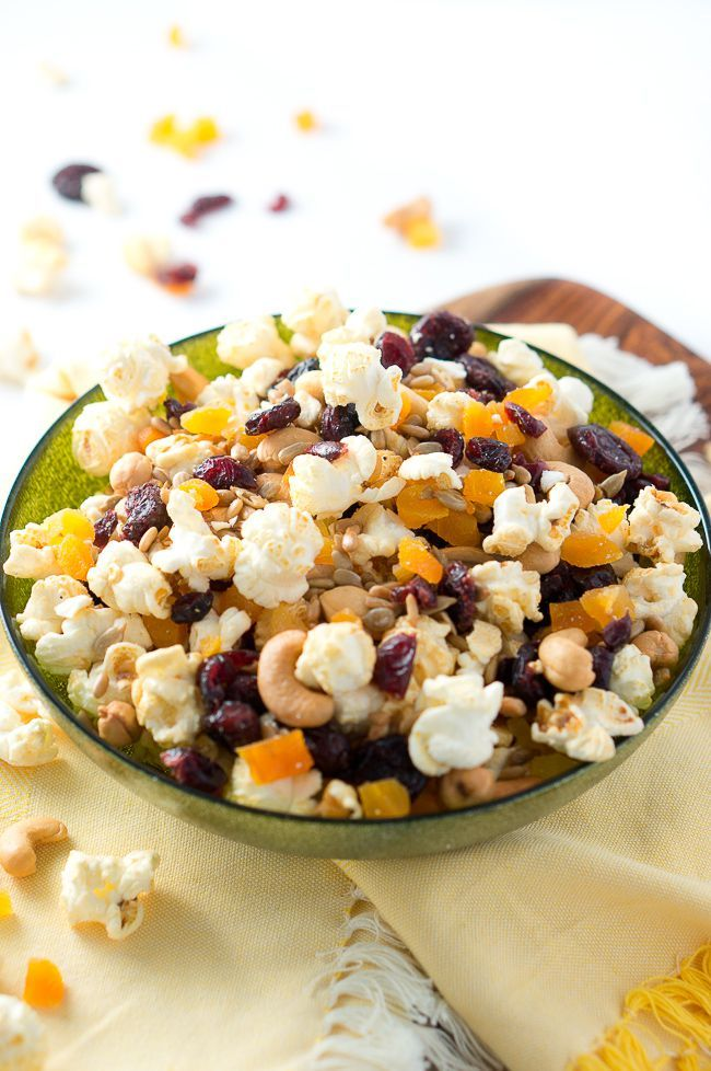 What I love about this healthy popcorn snack is that you get to enjoy the taste, flavors and satisfaction without overconsuming unhealthy ingredients. One to two cups of popcorn with a small handful of nuts, seeds, and dried fruits will hit the spot. I have teamed up with BOOMCHICKAPOP to share with you this healthy popcorn trail mix,…