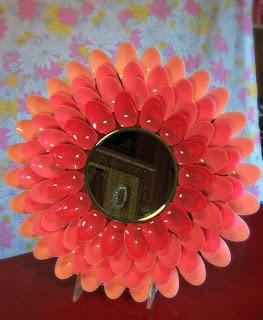 Faster Kittykill! Blog! Blog! plastic spoon mirror DIY