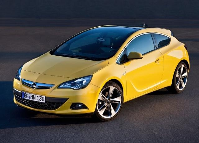 Opel Astra GTC 2012. Единственная адекватная альтернатива KIA pro_cee'd 2008 года. Жаль, что стоит 900к рублей, а в Москве одни пробки и ямы на дорогах.