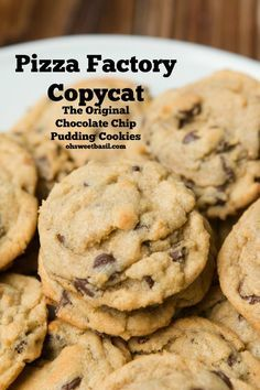 Chocolate Chip Pudding Cookies- Pizza Factory Copycat recipe ohsweetbasil.com