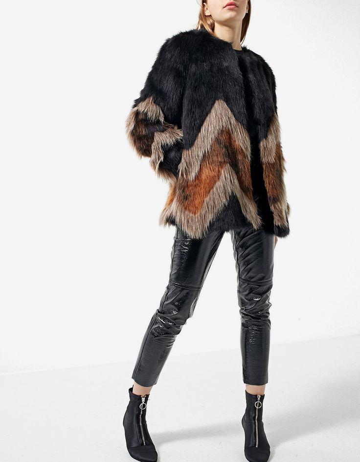 Après les chaussures et les vêtements pour l'hiver, on passe à ma sélection de manteaux ! Ce n'est pas par ce qu'il fait froid qu'on ne doit pas se looker !