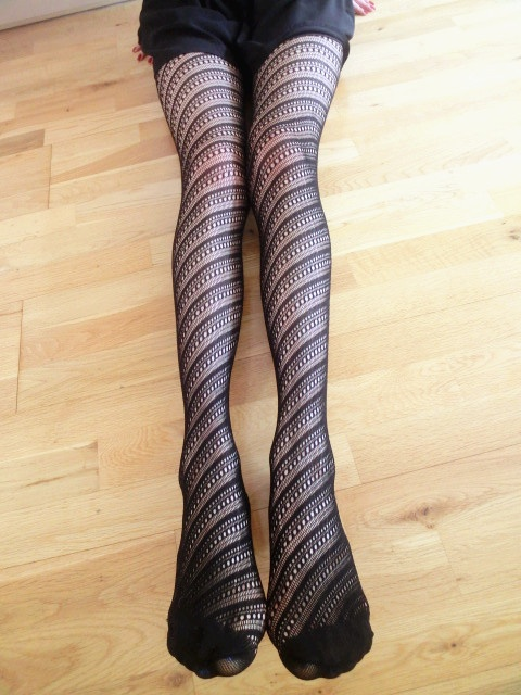 Spinning tights. Just £5.99!! Buy 3 get 1 half price!! Buy 5 get 1 black tights for free!! Come to our market place at 20 john prince's st, london W1G 0BJ at 2 p.m on 5th June.