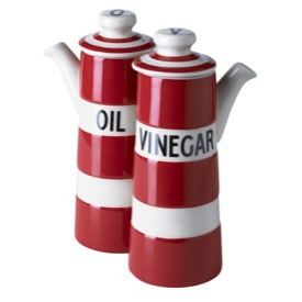 Cornish Red oil and vinegar set 15cm. This is a revival of a Cornishware favourite, a great gift for collectors and a lovely thing to have in the home.