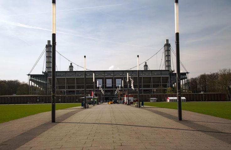 Viel los bei den Kölner Sportstätten: Von Fußball über Stadion-Führungen… #Event_Locations #Freizeit_Kultur #Sport_Gesundheit #1_FC_Köln