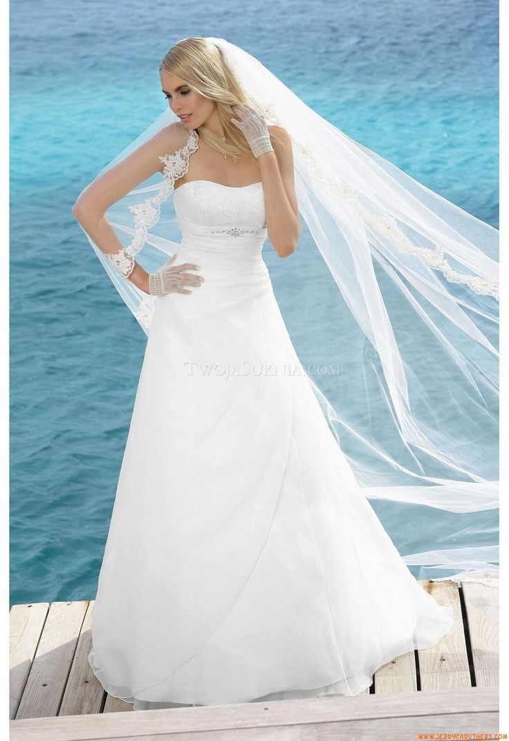 The 10 best Brudklänningar images on Pinterest | Short wedding gowns ...