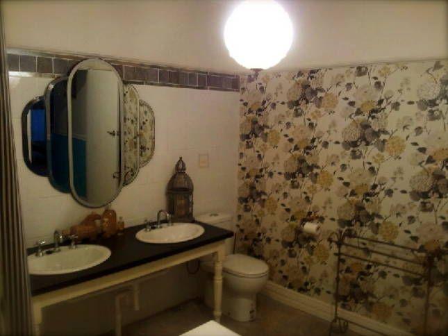Villa Ovest Vintage style bathroom