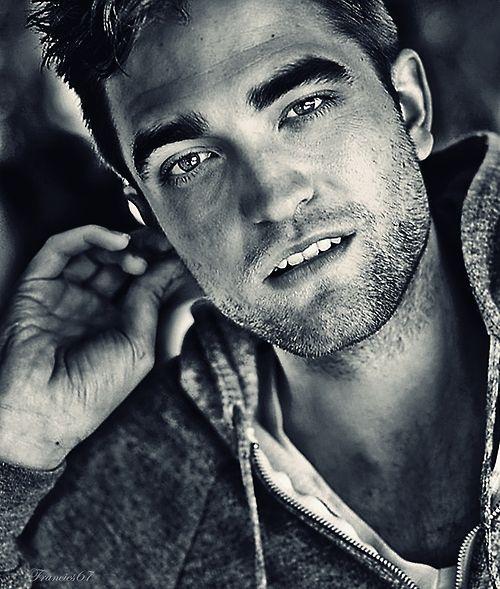 Oh shit.Robert Pattinson Sexy, But, Robert Pattinson Twilight, Cute Celeb, Edward Cullen, Beautiful, Rob Pattinson, People, Robert Pattison
