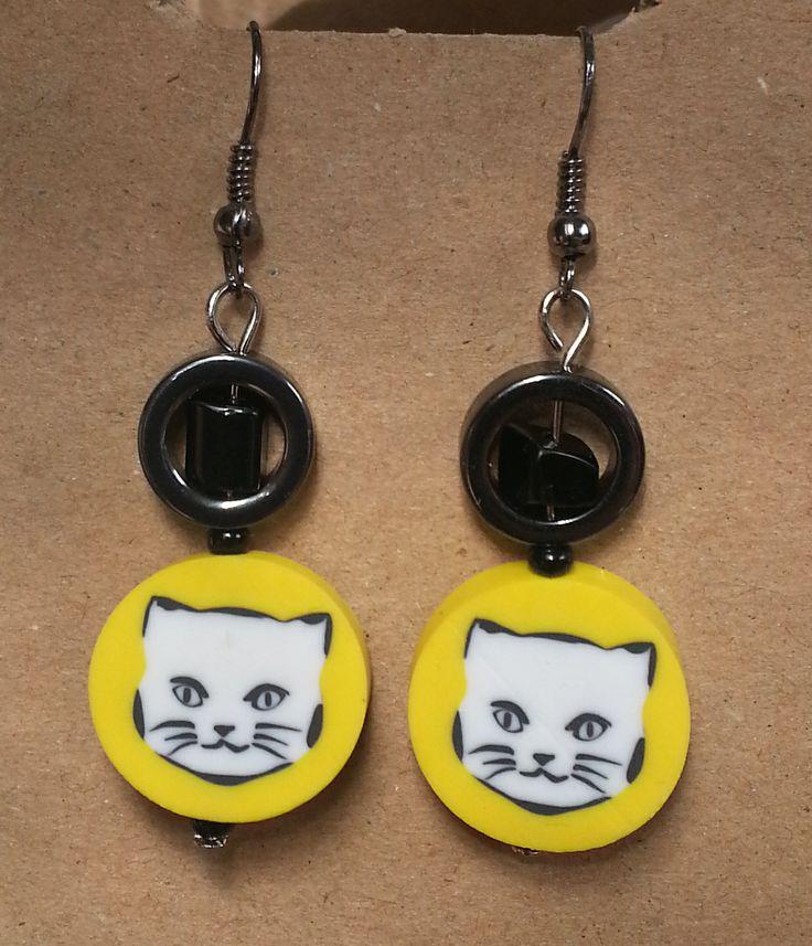 tma tmúca je to čo mačky milujú * naušky (c) recyCat