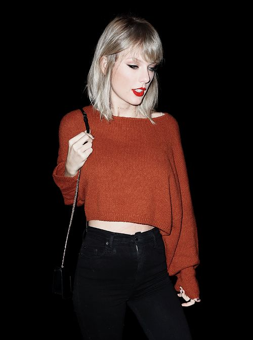 "alltaywell: "" ""Taylor Swift out in New York (October 13, 2016) "" """