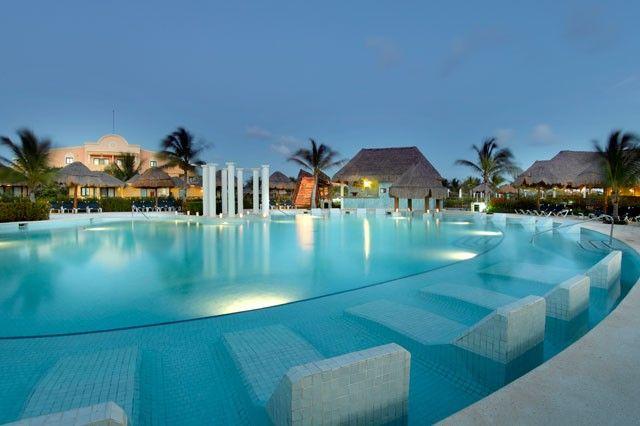 Grand Palladium White Sand Resort and Spa - All-Inclusive