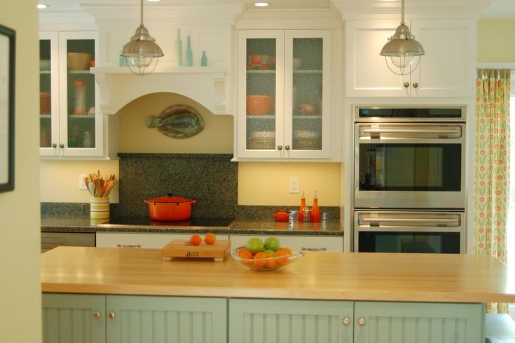 Nantucket inspired kitchen custom color match home for Nantucket style kitchen