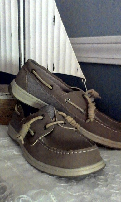 Keep Boat Shoe Laces Tied