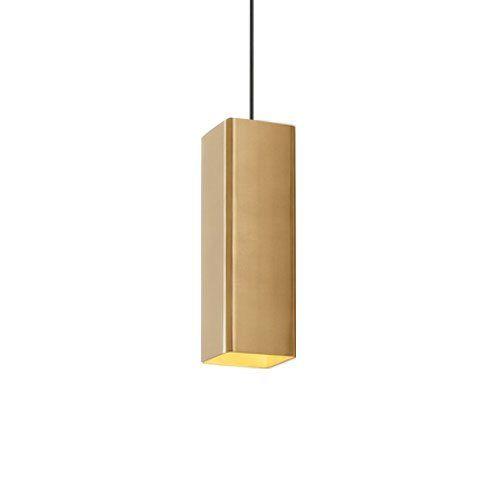 Een moderne, strakke hanglamp met prachtig afgewerkte, ronde hoeken. Typisch Wever & Ducré. Stijlvol design voor in de woonkamer of boven de eettafel. Combineer meerdere Docus hanglampen met elkaar voor een bijzonder effect.