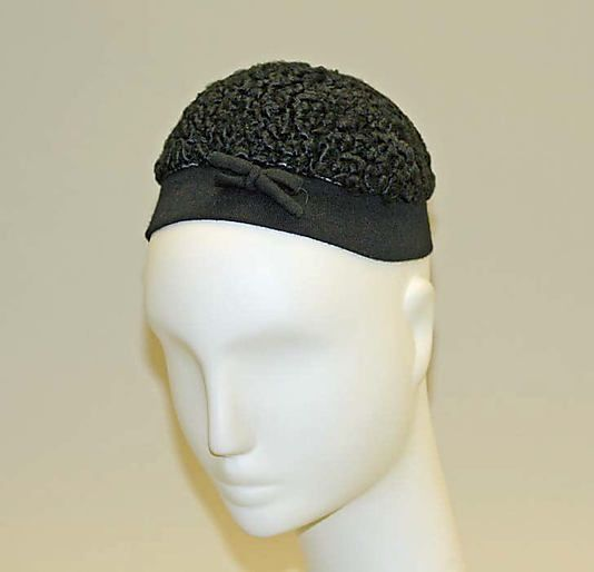 Black wool hat, by Caroline Reboux, French, 1950s. Owned by Wallis Simpson, the Duchess of Windsor.