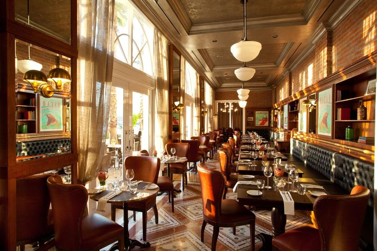 Camissa Brasserie at the luxury Table Bay Hotel in Cape Town overlooking the V&A Waterfront #luxury in #Africa