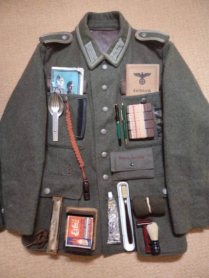 Facebook / Soldaten uniform